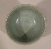 Sawankhalok ware bowl, grooved body, interior with incised meander band