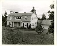 Dutch colonial house, possibly 225 Middlefield Road in Edgemoor