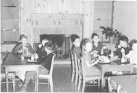 1943 Fifth Graders At Lunch In The Dining Room