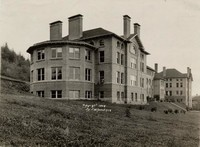 1909 Main Building: Science Annex