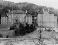 1904 Main Building
