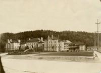 1914 Main Building