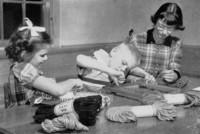 1943 Students Weaving