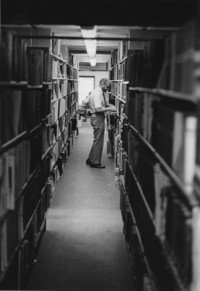 1982 Dan Mather in Library