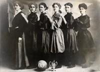 1909 Basketball Girls