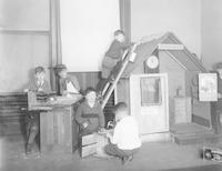 1925 Christmas Gift Shop