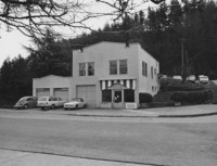 1973 Former Hinote's Grocery Store: 700 High Street