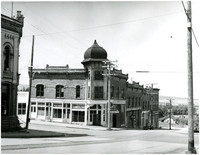 Westerly view on Harris Avenue with Fairhaven Hotel in right foreground, Bellingham, Washington