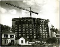 Nash Hall, a dormitory on the campus of Western Washington University, under construction