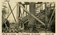 Lower Baker River dam construction 1925-10-20 Gate Lifting Oil Pressure Cylinder