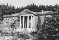 1935 Edens Hall: Front