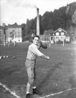 1938 Howard Jones