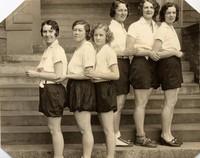 1931 Archery Girls