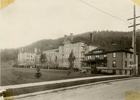 1917 Main Building With Edens Hall