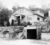 Off-campus housing: 338 North Garden Street