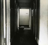 Off-campus housing: Hallway