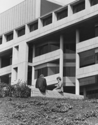 1978 Environmental Studies Building