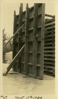 Lower Baker River dam construction 1924-09-17 Concrete form