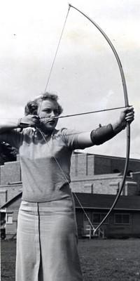 1949 Archery, Helen Wiik