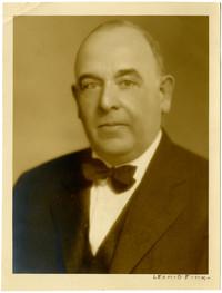 Studio portrait of Leonid Fink