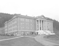 1925 Edens Hall: Front