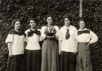1912 Basketball Girls