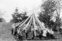 1909 May Pole