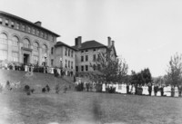 1911 Main Building: Commencement