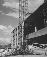 1955 Edens Hall North: Construction