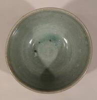 Sawankhalok ware bowl, grooved exterior