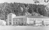 1954 Campus Elementary School