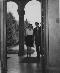 1946 Library: Students Entering Front Door