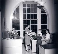 1960 Nancy Smith With Students And Assistant in Campus School Office