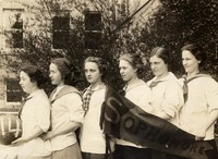 1914 Basketball Girls (Sophomores)