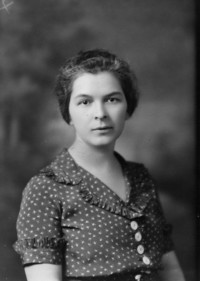 1933 Hazel Breakey