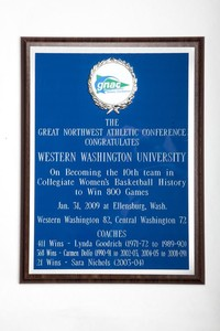 Basketball (Women's) Plaque: GNAC, WWU, 10th team in collegiate women's basketball history to win 800 games, 2009
