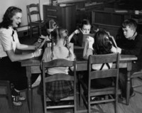 1945 Fourth Grade Reading Time With Gloria Carey