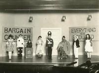 1929 Eighth Grade Presents