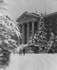1954 Edens Hall: Snow