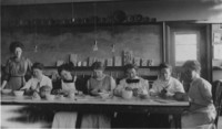 1915 Ada Hogle with Students