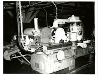 Filling machine used in salmon canning