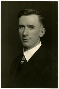 Studio portrait of Chas Inman