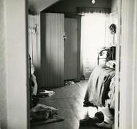 Off-campus housing: Bedroom