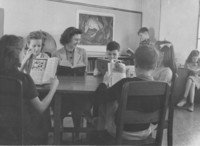 1943 Enjoying Reading