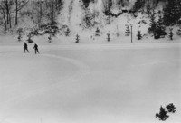 1971 Students Skiing