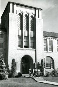1951 Campus Elementary School