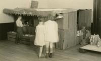 1920 Red Robin Market (Preprimary)