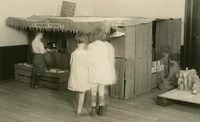 1920 Red Robin Market (Preprimary)