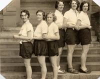 1931 Archery Girls