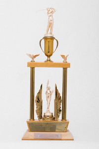 Golf (Men's) Trophy: Evergreen Conference Champions, 1962